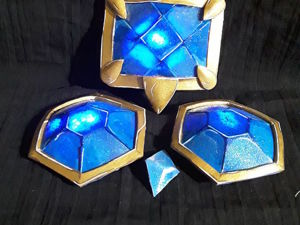 Мастерим «светящиеся камни» для костюма в стиле фэнтези. Ярмарка Мастеров - ручная работа, handmade.