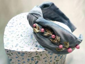 Ободок с узлом с авторской вышивкой бусинами и гладью. Ярмарка Мастеров - ручная работа, handmade.