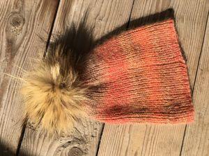 Распродажа свитеров и шапок продлена. Ярмарка Мастеров - ручная работа, handmade.
