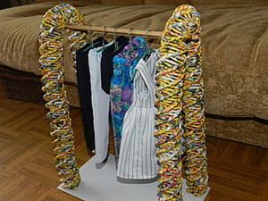 Плетеная вешалка для кукольной одежды. Ярмарка Мастеров - ручная работа, handmade.