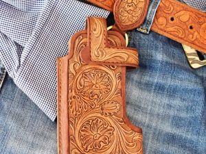 Создаем из кожи чехол-кобуру для телефона. Ярмарка Мастеров - ручная работа, handmade.