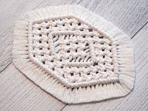 Плетем салфетку в технике макраме. Ярмарка Мастеров - ручная работа, handmade.