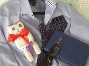 Котёнок из хозяйственной перчатки: делаем простой, необычный и милый подарок мужчине. Ярмарка Мастеров - ручная работа, handmade.
