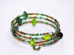Making Bracelet of Beads with Memory Wire. Livemaster - handmade