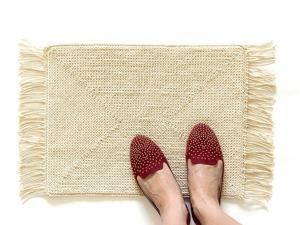 Вяжем по канве уютный коврик. Ярмарка Мастеров - ручная работа, handmade.