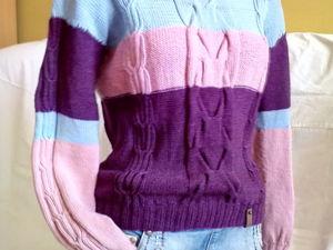 Стильный свитер в наличии. Ярмарка Мастеров - ручная работа, handmade.
