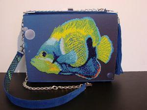 Авторская модель сумочки с вышивкой заказчика. Ярмарка Мастеров - ручная работа, handmade.