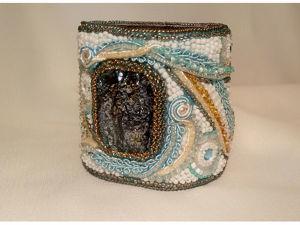 Создаем эксклюзивный браслет «Зимняя речка», расшитый бисером. Ярмарка Мастеров - ручная работа, handmade.