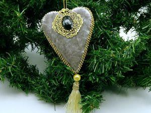Создаем украшение на елку в форме сердечка. Ярмарка Мастеров - ручная работа, handmade.