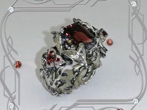 Кольцо «Красота- Vintage- black» серебро 925, гранаты, эмаль. Ярмарка Мастеров - ручная работа, handmade.