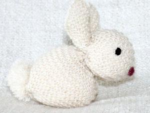 Как связать симпатичного зайчика. Ярмарка Мастеров - ручная работа, handmade.