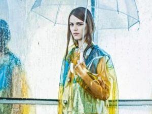 Прозрачные пластиковые плащи — необычный и оригинальный тренд сезона. Ярмарка Мастеров - ручная работа, handmade.