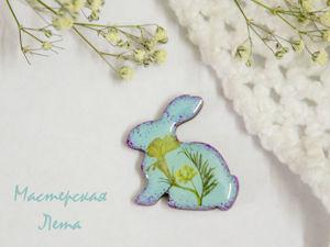 Процесс создания броши из эпоксидной смолы и сухоцветов. Ярмарка Мастеров - ручная работа, handmade.