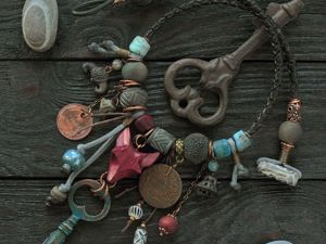 Колье  «Смотритель чердаков». Ярмарка Мастеров - ручная работа, handmade.