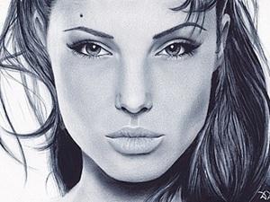 Портрет Анджелины Джоли в технике сухая кисть. Ярмарка Мастеров - ручная работа, handmade.