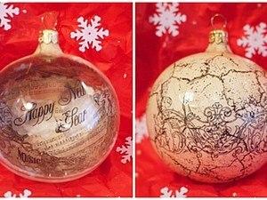 Обратный декупаж и двухшаговый кракелюр на новогоднем шаре. Ярмарка Мастеров - ручная работа, handmade.