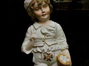 Большая бисквитная фигура мальчика 38 см. Рудольштадт-Фолькштедт. Ярмарка Мастеров - ручная работа, handmade.