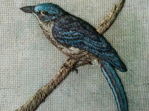 Авторская вышивка объемной птицы гладью  «Лесная красавица». Ярмарка Мастеров - ручная работа, handmade.
