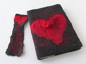 Валяная обложка на тетрадь и закладка  с Сердечком. Ярмарка Мастеров - ручная работа, handmade.