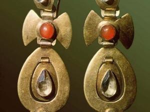 Чудесные украшения, способные подчеркнуть особое очарование и создать яркий образ, или Из истории серёжек. Ярмарка Мастеров - ручная работа, handmade.
