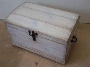 Вторая жизнь старинного сундука. Ярмарка Мастеров - ручная работа, handmade.