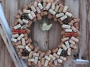 Делаем новогодний эко-венок из пробок. Ярмарка Мастеров - ручная работа, handmade.