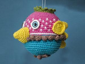 Новогодняя игрушка «Птичка» крючком. Ярмарка Мастеров - ручная работа, handmade.