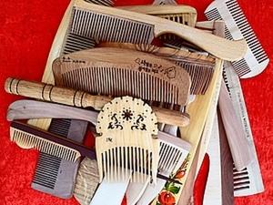 Экземпляры оригинальных деревянных расчесок из моего «музея». Ярмарка Мастеров - ручная работа, handmade.