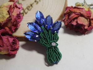 Embroidering Bouquet Brooch from Rhinestones and Cannetille. Livemaster - handmade