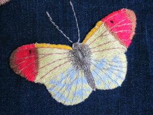 Вышиваем гладью бабочку-нашивку на одежду. Ярмарка Мастеров - ручная работа, handmade.