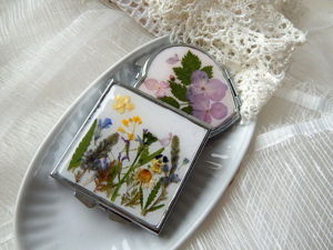 Декорируем карманное зеркальце сухоцветами. Ярмарка Мастеров - ручная работа, handmade.