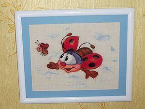 """Войлочная картина """"Божья Коровка.., полети на небко!"""". Ярмарка Мастеров - ручная работа, handmade."""