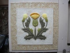 Панно «Одуванчики» — аппликация из ткани с использованием двусторонней клеевой (паутинки на бумаге). Ярмарка Мастеров - ручная работа, handmade.