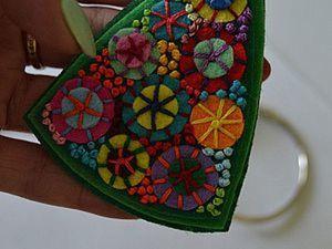 Делаем яркую фетровую брошку. Ярмарка Мастеров - ручная работа, handmade.
