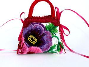 Продолжается Быстрый АУКЦИОН на вышитые сумочки-игольницы. Ярмарка Мастеров - ручная работа, handmade.