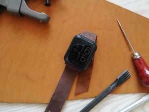 Как сделать простой кожаный ремешок для часов. Ярмарка Мастеров - ручная работа, handmade.