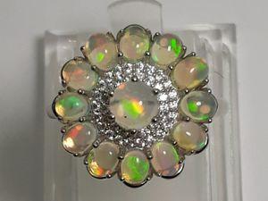 Серебряное кольцо с натуральными опалами  « Радужный цветок». Ярмарка Мастеров - ручная работа, handmade.