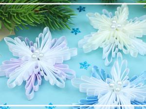 Делаем снежинки из атласных лент. Ярмарка Мастеров - ручная работа, handmade.