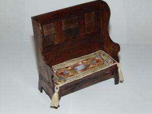 Вышивка гладью для миниатюрной скамьи. Ярмарка Мастеров - ручная работа, handmade.