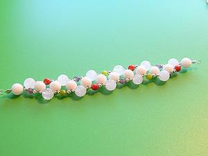 Декорируем браслеты и колье простейшим плетением из бусин. Ярмарка Мастеров - ручная работа, handmade.