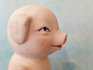 Антикварная куколка  «Поросенок». Ярмарка Мастеров - ручная работа, handmade.