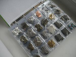 Простой способ хранения кабошонов и металлической фурнитуры. Ярмарка Мастеров - ручная работа, handmade.