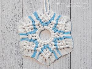 Мастер-класс: двухцветная снежинка в технике макраме. Ярмарка Мастеров - ручная работа, handmade.