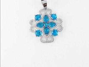 Аукцион на Кулон  «Ледяной Дворец»  с Голубым Топазом и Цирконом. Ярмарка Мастеров - ручная работа, handmade.