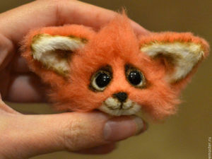 Make a Fox Brooch of Fur Using Mixed Media. Livemaster - handmade