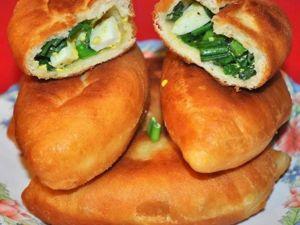 Пирожки жаренные с зеленым луком и яйцом. Ярмарка Мастеров - ручная работа, handmade.