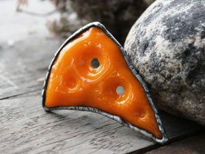 Делаем из стекла «сырную» брошь. Ярмарка Мастеров - ручная работа, handmade.
