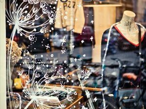 How to Decorate Windows for New Year: 20 Great Ideas. Livemaster - handmade
