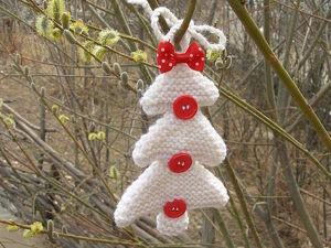 Вяжем новогоднее украшение «Треугольная елочка». Ярмарка Мастеров - ручная работа, handmade.