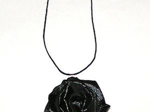 Кулон «Черная роза — эко-основа». Ярмарка Мастеров - ручная работа, handmade.